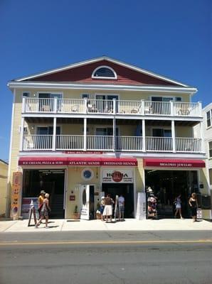 Atlantic Sands Hotel 109 Ocean Blvd Hampton Nh Hotels Motels Mapquest