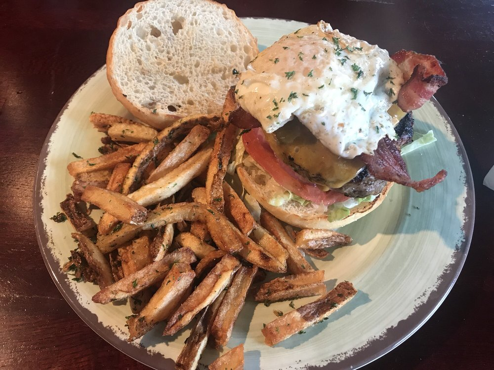 The Mason Jar Grill & Pub: 329 E Garfield Rd, Aurora, OH