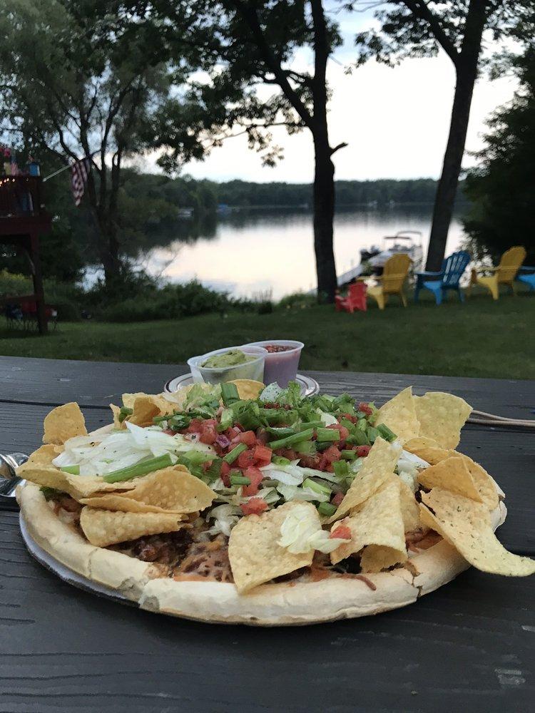 Beechmoor Restaurant & Lounge: 15294 W State Rd 27/70, Stone Lake, WI