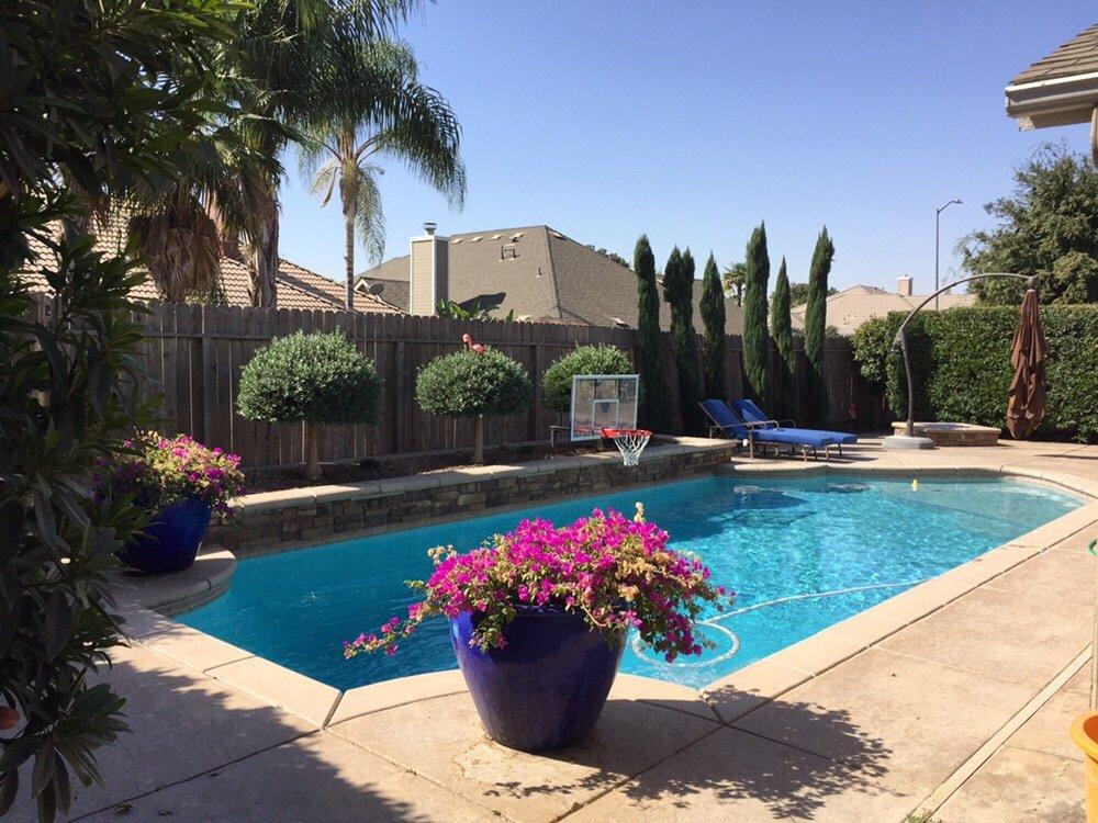 Sequoia Pool Service: Springville, CA