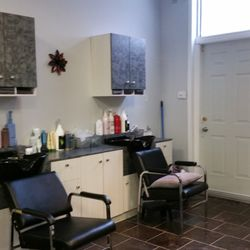 Coiffure Manon Lortie - Hair Salons - 2930 1re Avenue ...