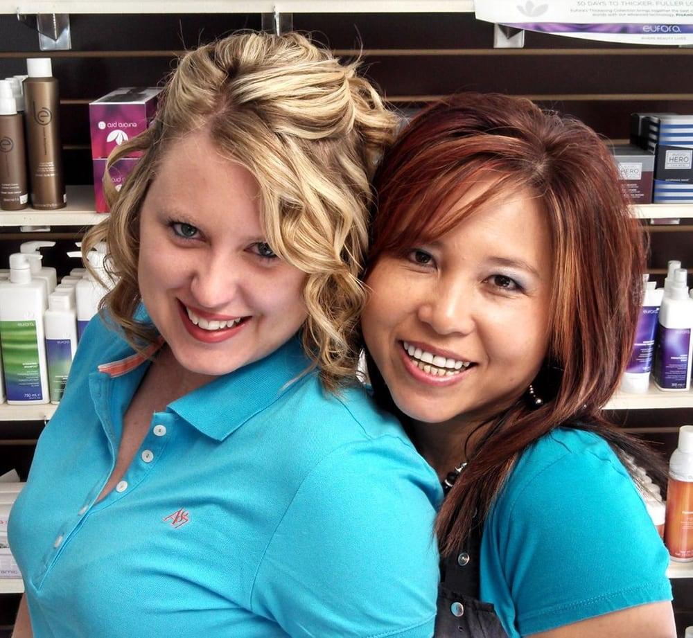 Trang's Family Salon: 531 E 3rd St, Uhrichsville, OH