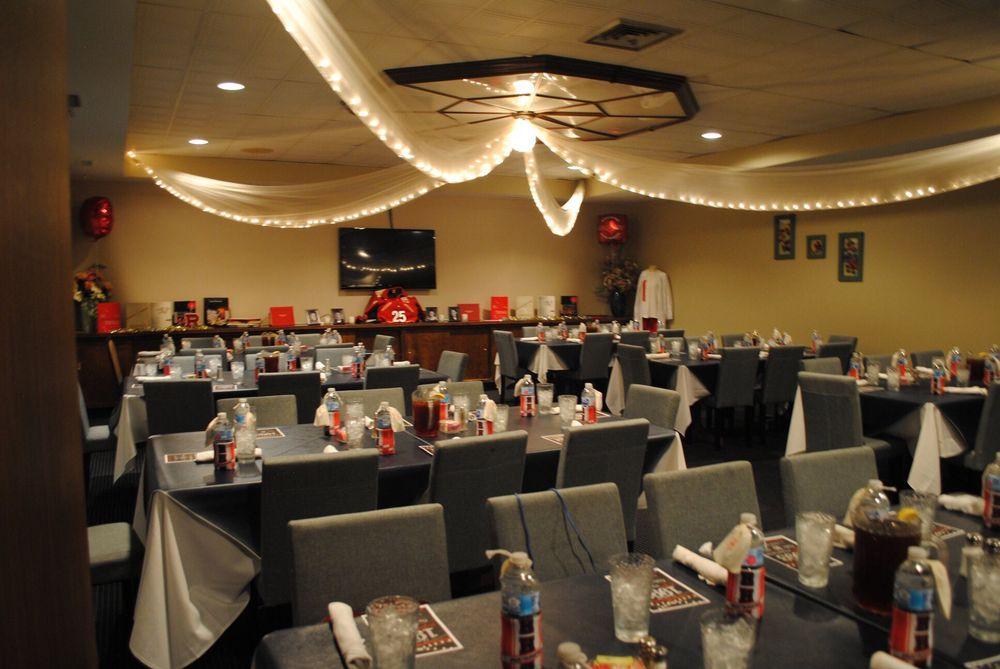 Spring House Dining & Reception Hall: 9789 Richmond Hwy, Lynchburg, VA