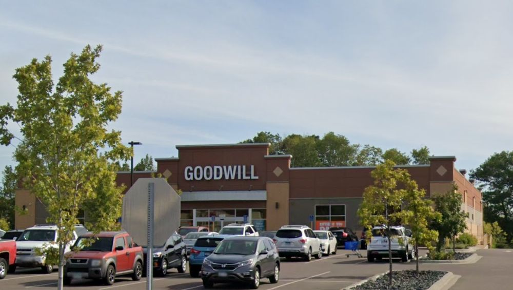 Goodwill - White Bear Lake: 4500 Centerville Rd, White Bear Lake, MN
