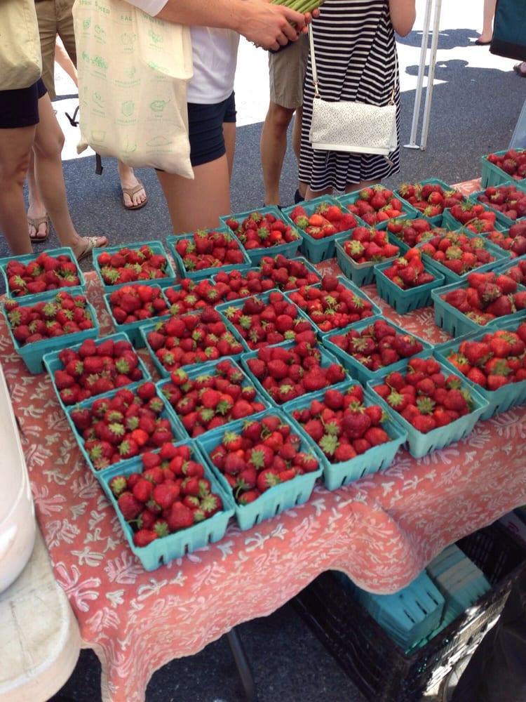 Bloomingdale Farmer's Market: 102 R St NW, Washington, DC, DC