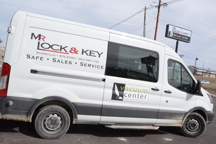 Mr. Lock & Key And The Vacuum Center: 1314 9th St SE, Dyersville, IA