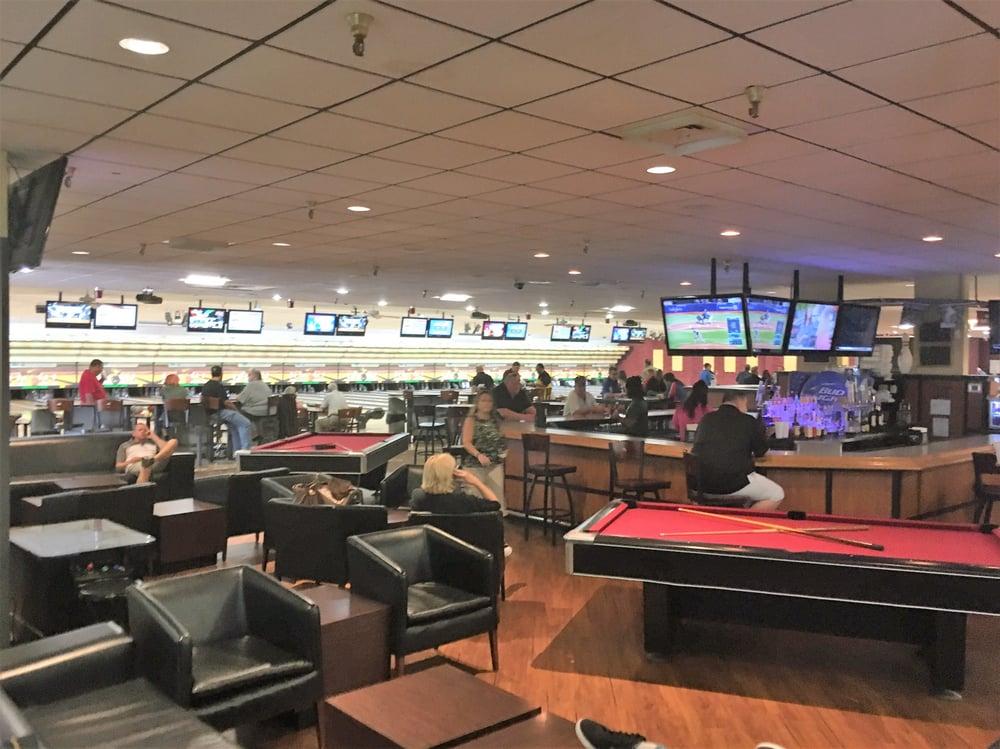 Sawgrass Lanes 16 Photos Amp 27 Reviews Bowling 8501 N