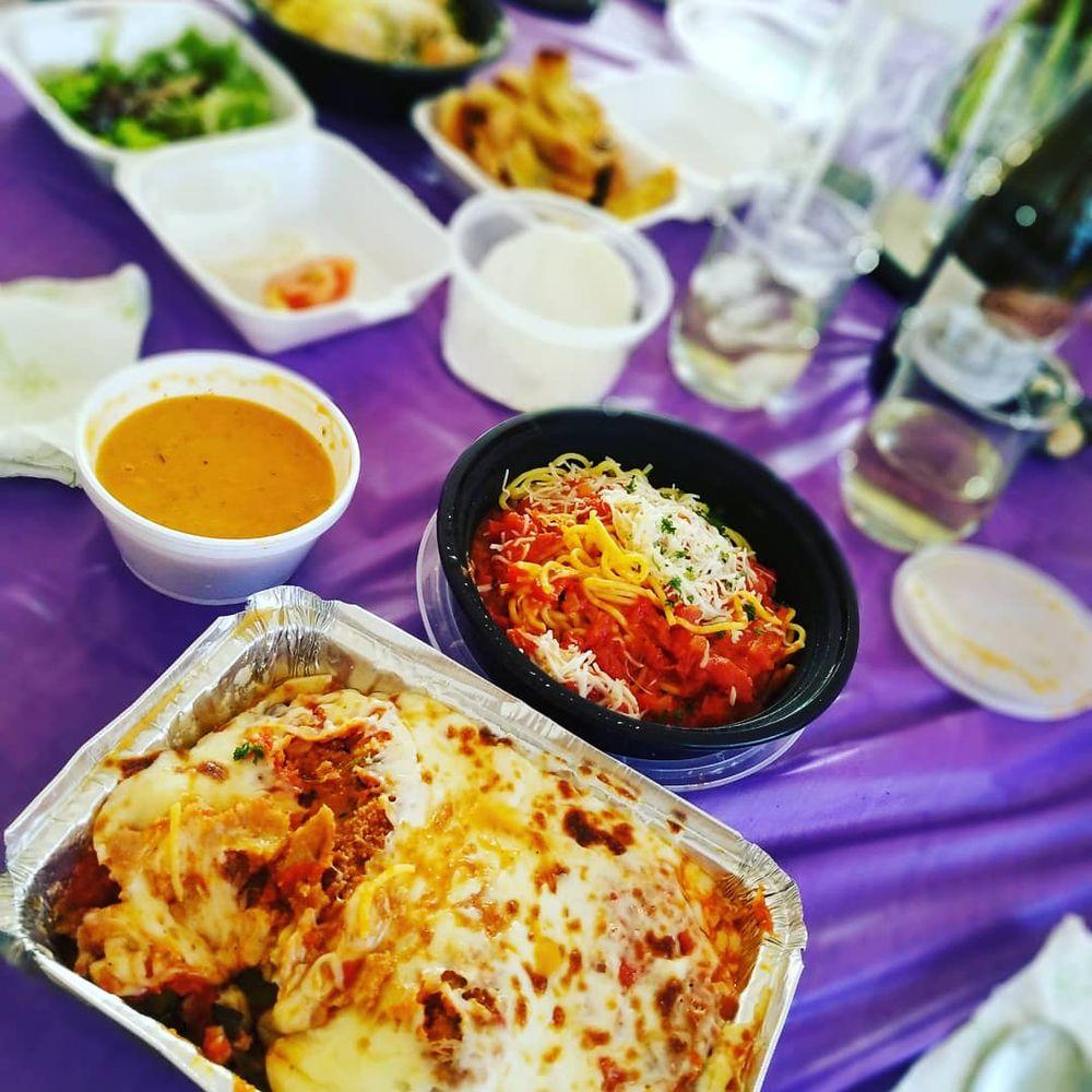 Perfetto Italian Restaurant: 209 S Green St, Tehachapi, CA