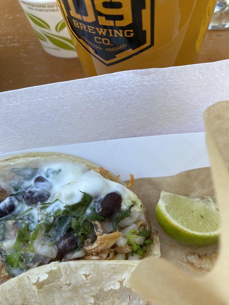 Muchachos Tacos LKN: Cornelius, NC