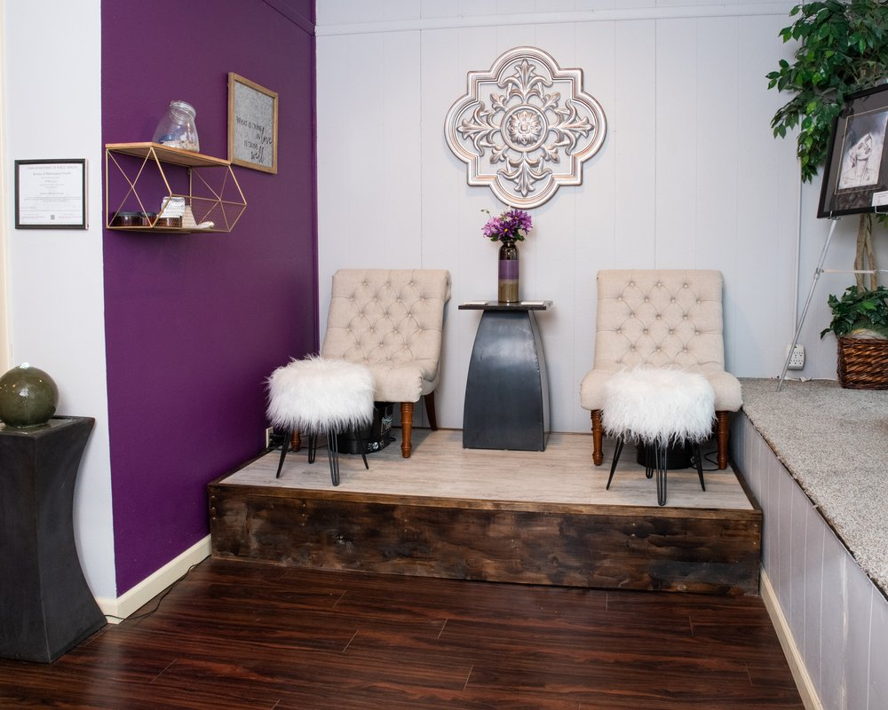 Perfect Touch Wellness Center: 102 E Jefferson St, Bloomfield, IA
