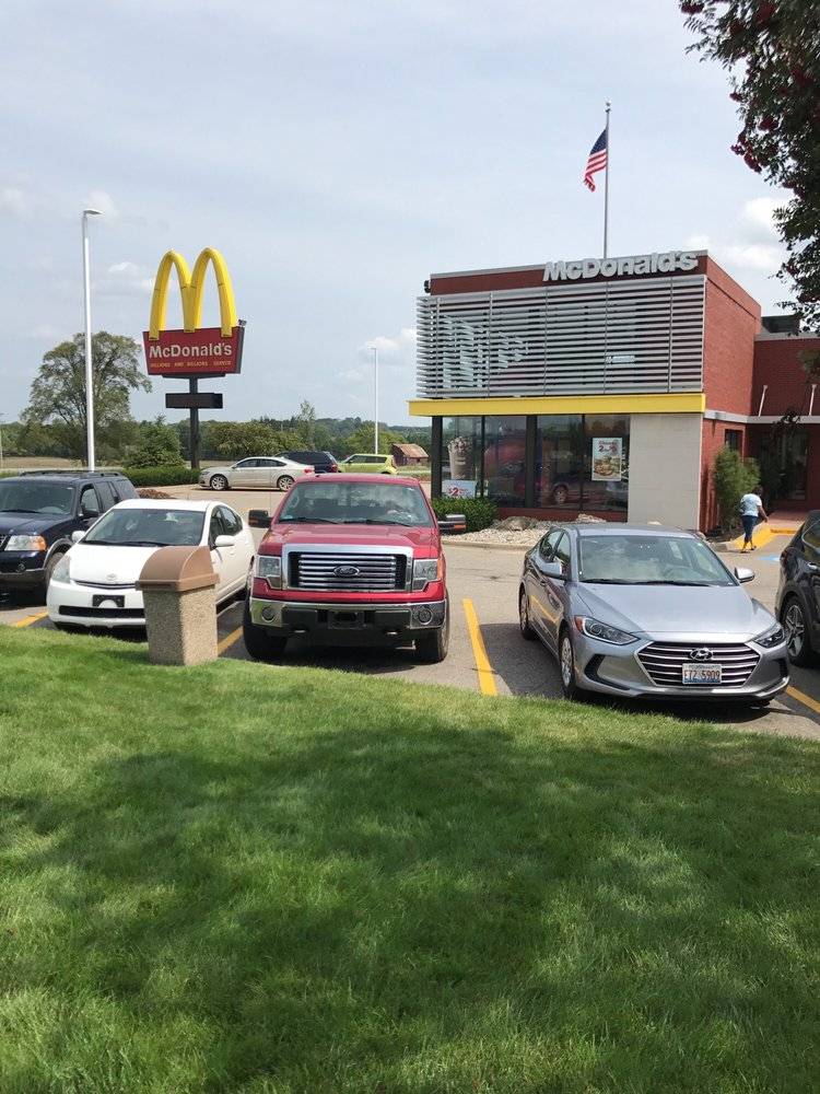 McDonald's: 4985 Park St, Reed City, MI