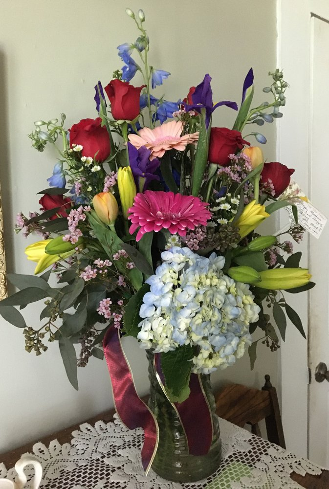 Photo of Perry County Florists: Perryville, AR