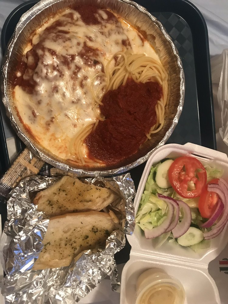 Carini's Italian Restaurant & Pizza: 948 Roanoke Ave, Roanoke Rapids, NC