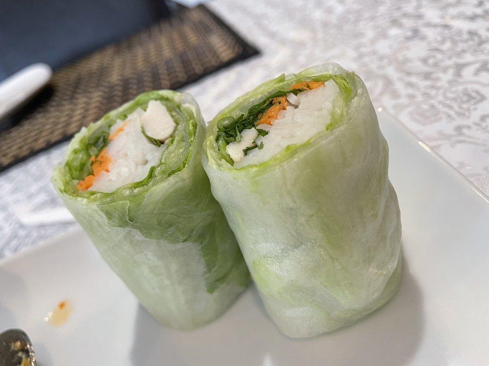 Blue Elephant Thai Restaurant: 2301 2nd St, Coralville, IA