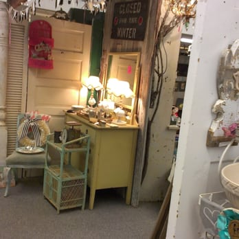 Photo Of Summer Cottage Antiques   Petaluma, CA, United States. New Nook  With
