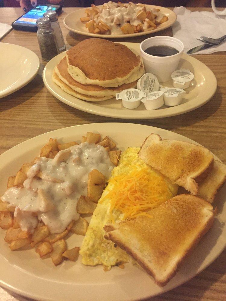 White Star Restaurant: 38 N Main St, Peebles, OH