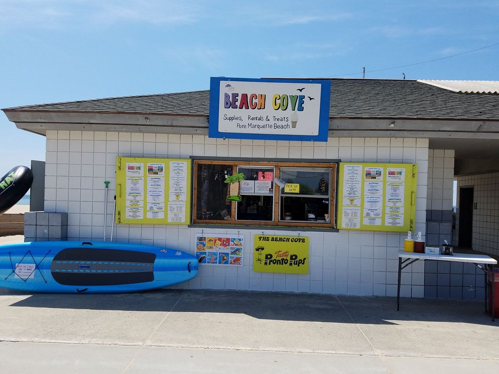The Frosty Cove: 2565 Lakeshore Dr, Muskegon, MI