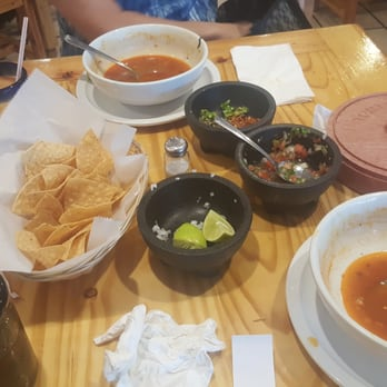 Iguanas mexican grill order online 31 photos 19 reviews mexican 1747 live oak blvd - Iguanas mexican grill cantina ...