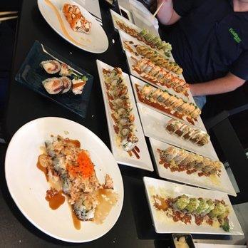 Blue fish sushi bar asian cuisine 111 photos 111 for Blue fish sushi