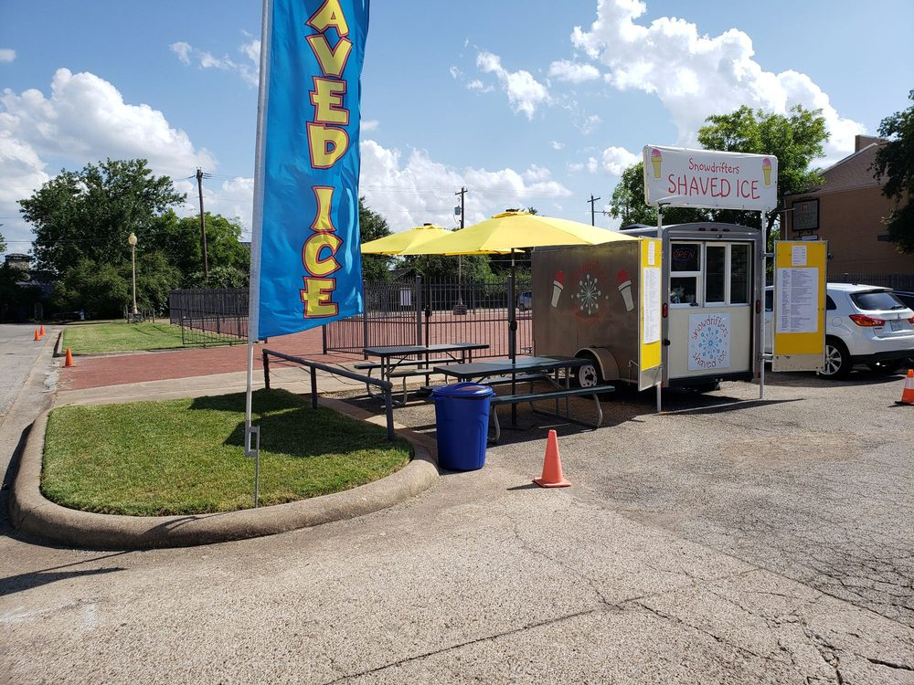 Snowdrifters Shaved Ice: 205 E Pearl St, Granbury, TX