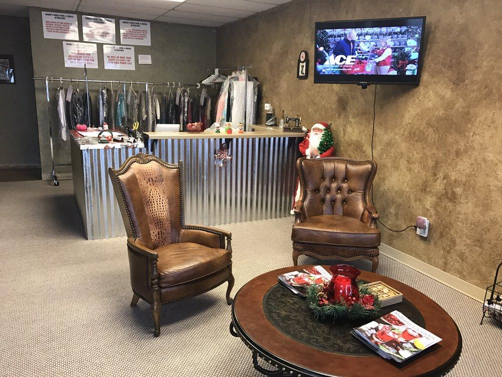 Debbie's Needle Spool & Thread Alterations: 3211 W Wadley Ave, Midland, TX