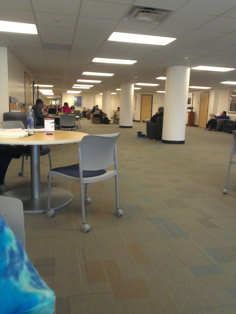 W. I. Dykes Library: One Main St, Houston, TX