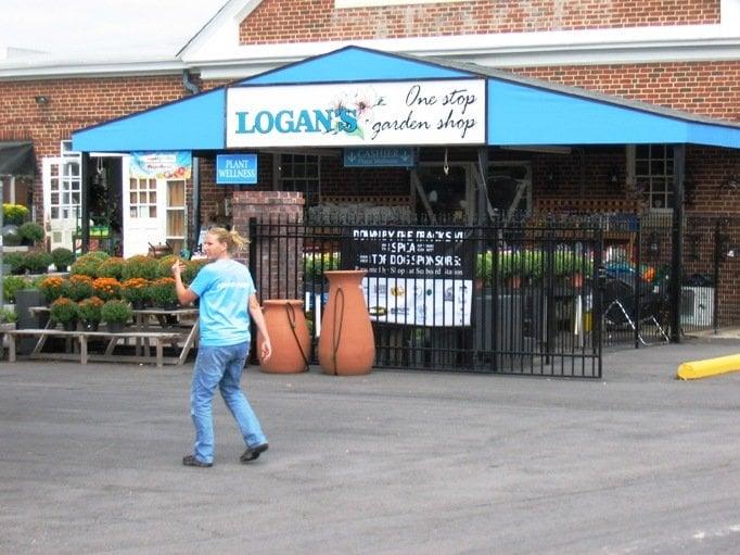 Photos For Logan 39 S One Stop Garden Shop Yelp