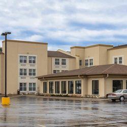Photo Of Comfort Inn Suites Allen Park Mi United States