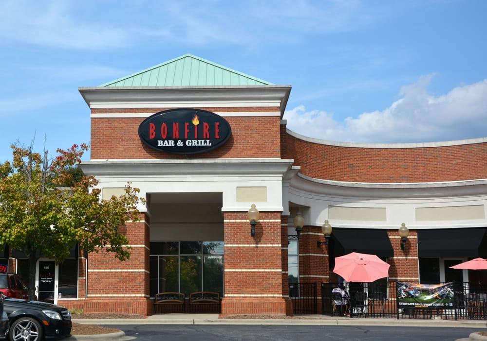 Bonfire Bar Grill Traditional American Restaurants 970 Branchview D