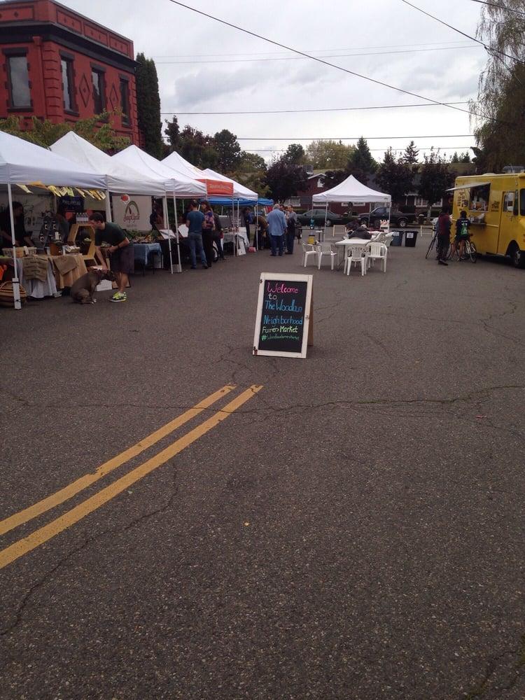 Woodlawn Neighborhood Farmers Market: 7200 NE 11th Ave, Portland, OR