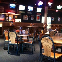 Buffalo wild wings grill bar closed american traditional 3035 niagara falls blvd - Buffalo american bar and grill ...