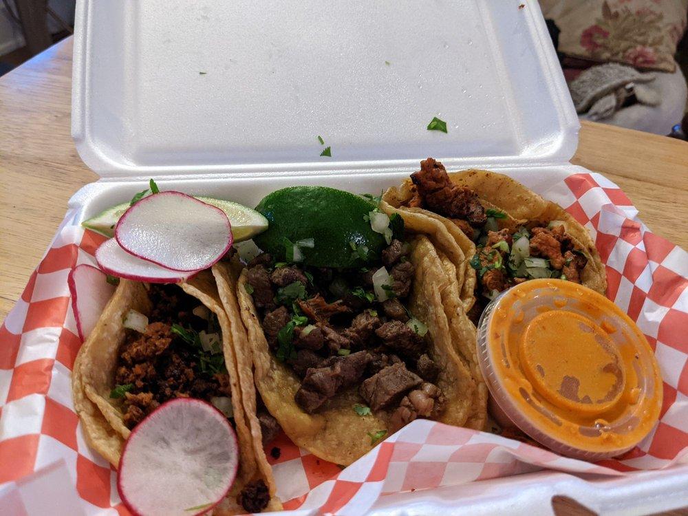 Jorge's Taco Food Truck : 3980 Erie Ave, Cincinnati, OH