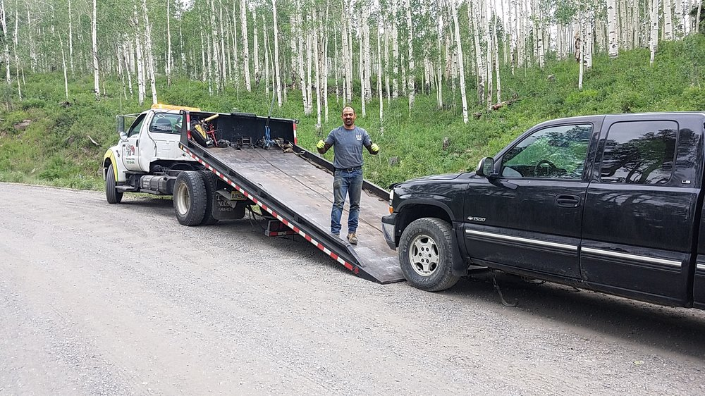Towing business in Montrose, CO