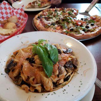 Photo Of Agazajo S Flying Pizza Italian Restaurant Austin Tx United States