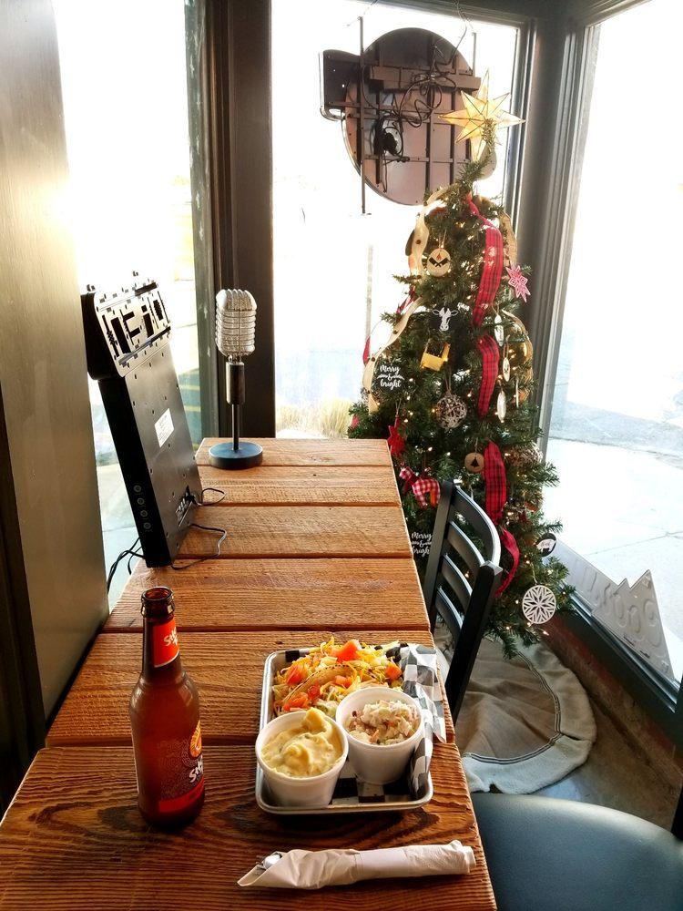 2Dudes Brew & Que: 436 Desiard St, Monroe, LA