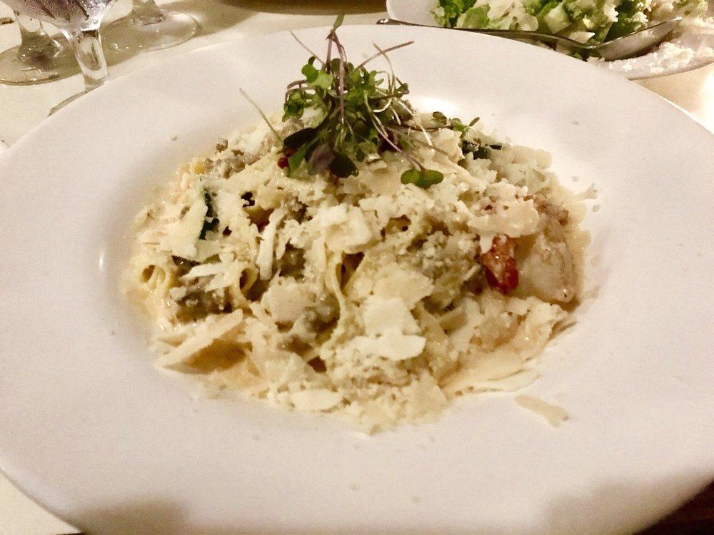 Duner's Restaurant: 4372 Ivy Rd, Charlottesville, VA