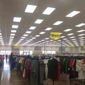 404cc807bf20 Photo of Fashion Liquidation Outlet - Tempe, AZ, United States. Huge store  with