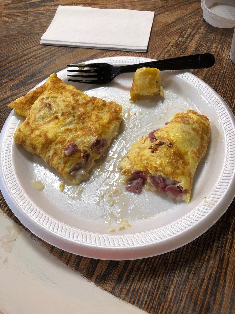 The Sunflour Bakery And Eatery: 326 County Rd 222, Cullman, AL