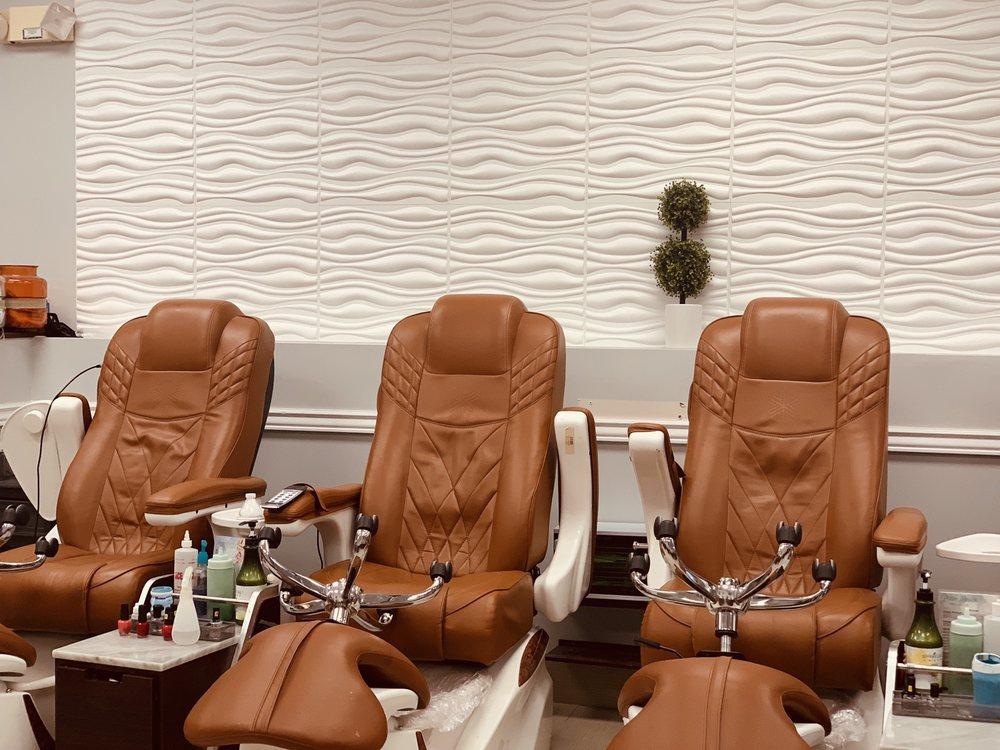 Palm Beach Nail Salon: 14451 S Military Trl, Delray Beach, FL