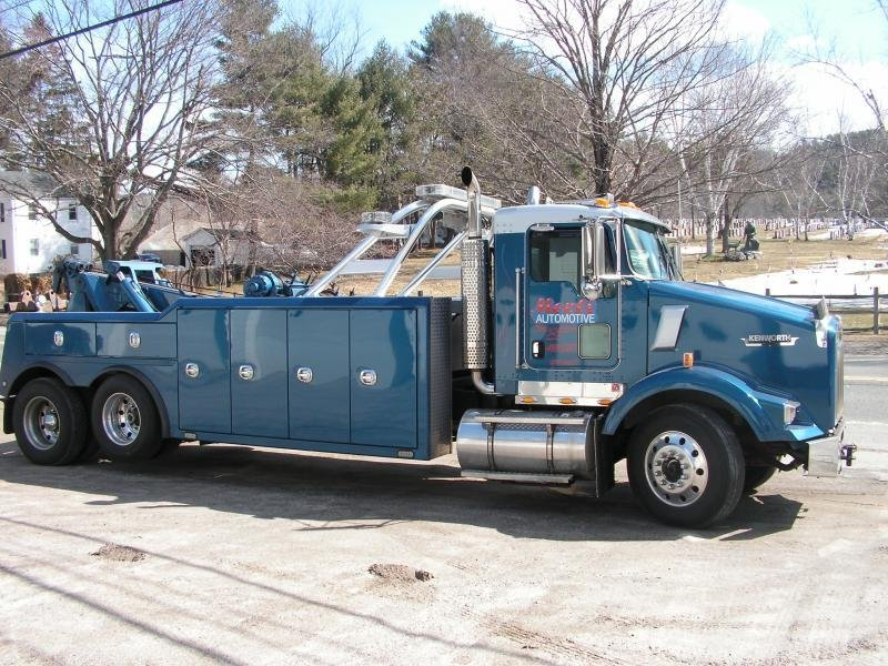 Towing business in Winchester, CT