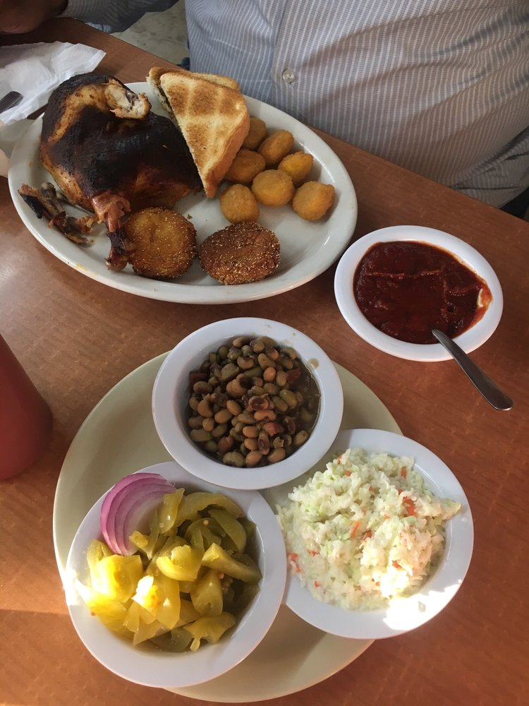 Red's Restaurant: 1935 Hwy 79 167 Byp, Fordyce, AR