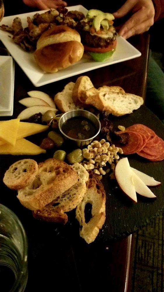 Social Spots from Metropolitan Kitchen & Lounge
