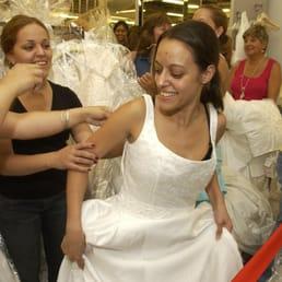 foto fr n filene 39 s basement washington dc usa bride to be finds