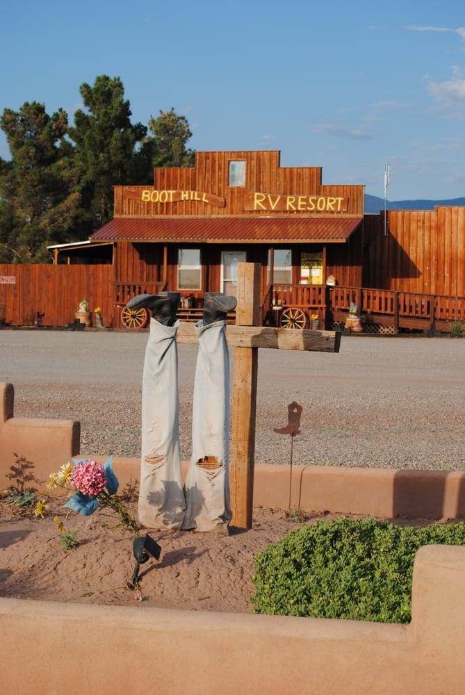 Boot Hill RV Resort: 1 Dog Ranch Rd, Alamogordo, NM