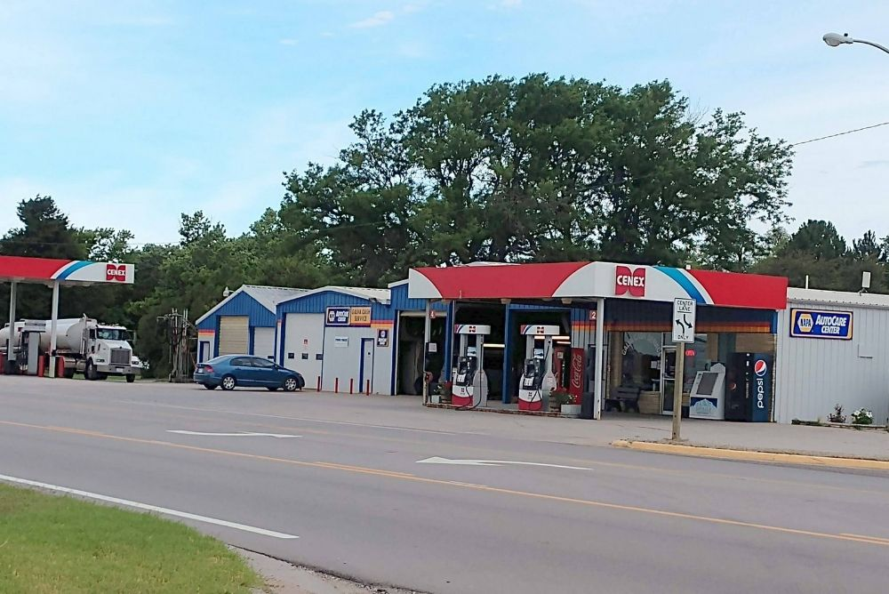 Galva Cash Service: 110 W Hwy 56, Galva, KS