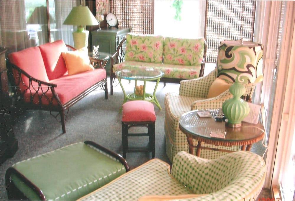 Slipcovers Plus Professional Custom Sewing: 410 E Main St, Haw River, NC