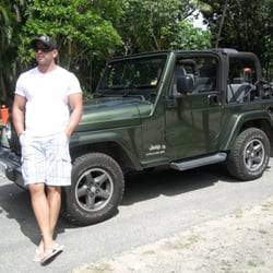 Photo Of Go Topless Car Rentals   Port Douglas Queensland, Australia.  Waiting To Cross
