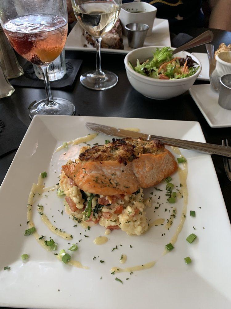 Oscar Penn's Restaurant