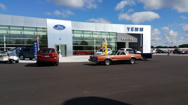 yemm ford get quote car dealers 2201 w main st galesburg il phone number yelp. Black Bedroom Furniture Sets. Home Design Ideas