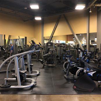 Gold s gym west covina photos reviews gyms